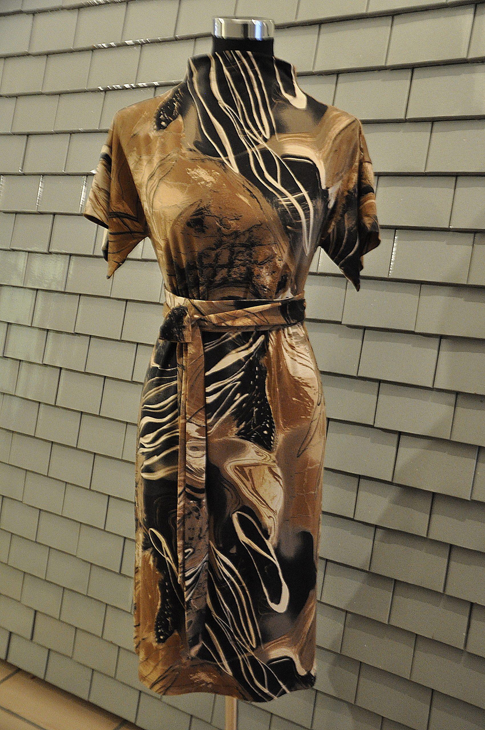 Kleid - braun schwarz - gemalen