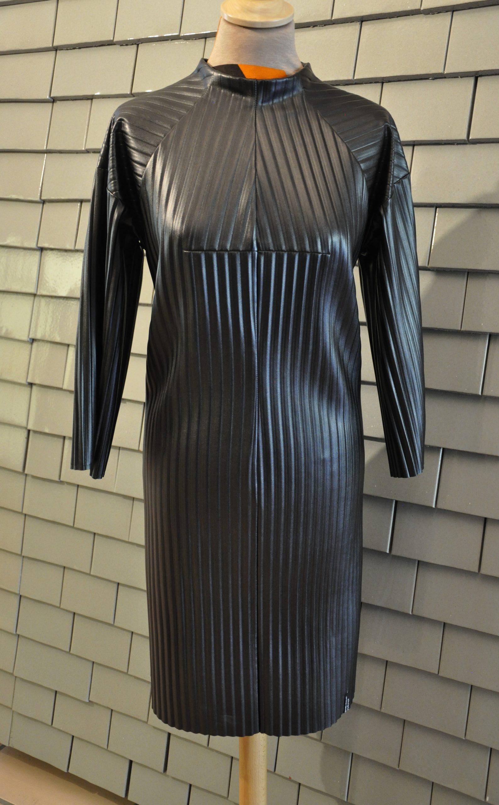 Kunstlederkleid - schwarz, 2