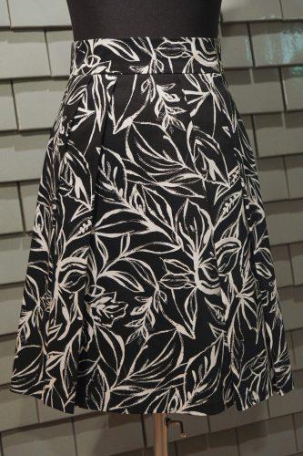 Faltenrock - schwarz weiß